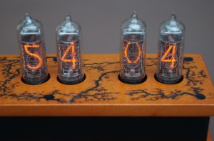 in-14_nixie-clock_01c