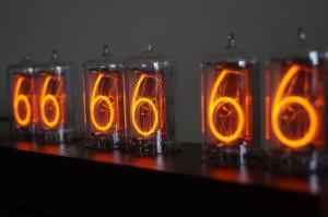 z5660m_nixie-clock_02j